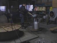 お湯も、毎日和釜で沸かします。